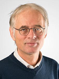 Dirk-Vandermarel-Scaled